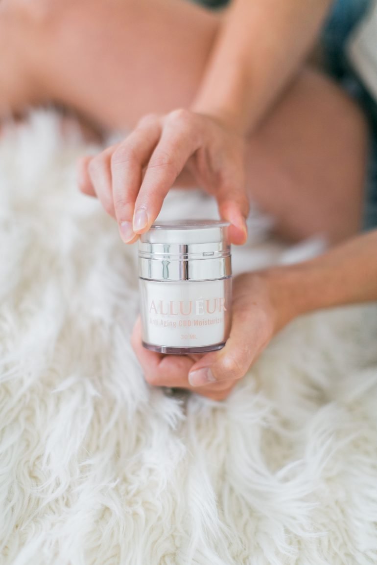 Anti-Aging CBD Moisturizer for Reducing Appearance of Wrinkles + Hydration Benefits